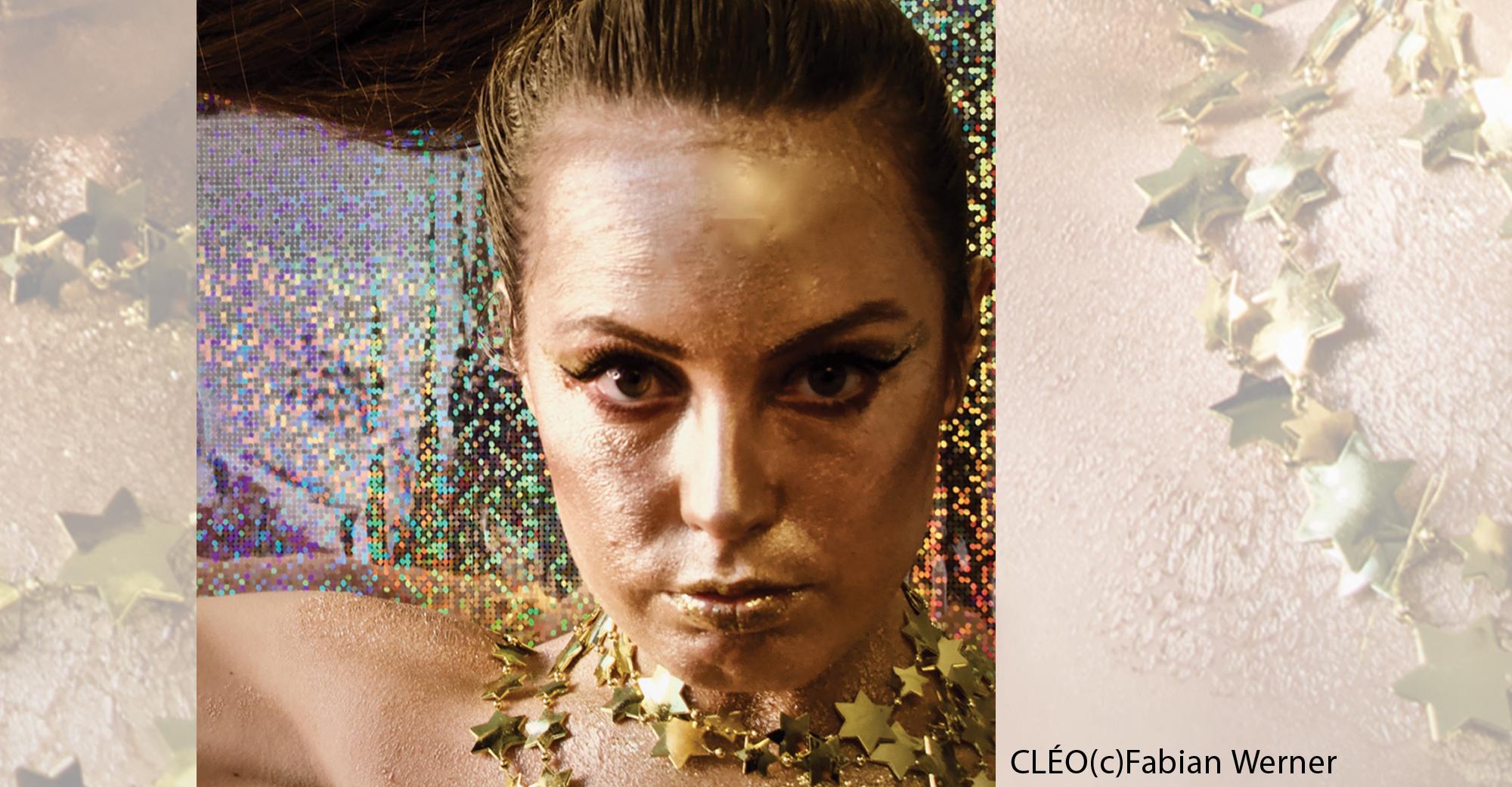 Porträtaufnahme der Sängerin der Band Cleo